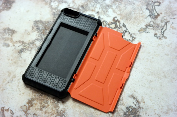 huge discount 9bb5e 39a41 Review: Urban Armor Gear Trooper iPhone Case - LogicLounge